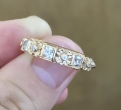 Van Craeynest Band w/ AVC Diamonds in 14K Red Gold