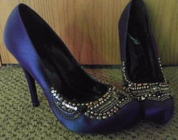 New Purple Love Label Beaded Heels Size 8